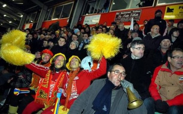 I tifosi dello Chauvigny in festa (foto: us-chauvigny.footeo.com)