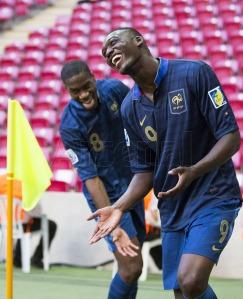 Sanogo festeggia un gol con Kondogbia al recente mondiale U20